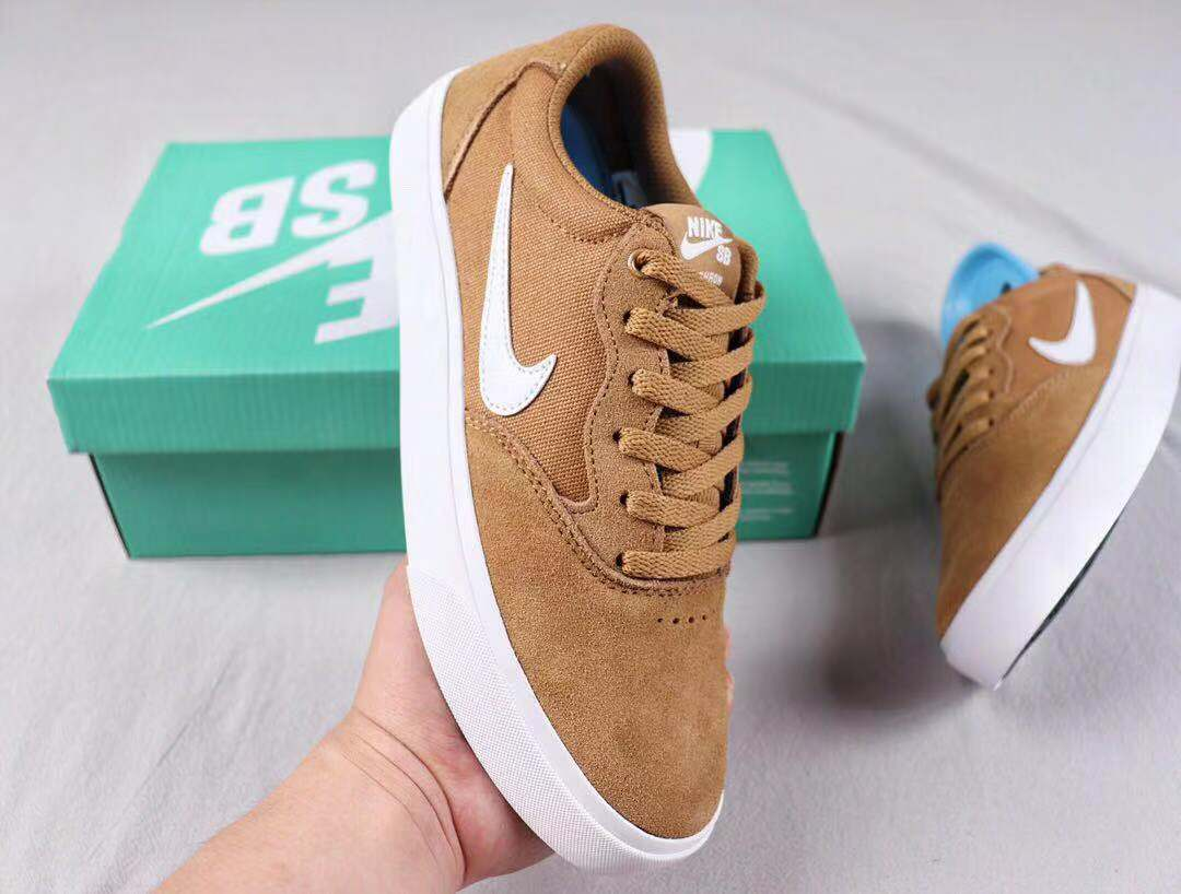 Nike SB Chron SLR Solarsoft Celestial Gold/White Skate Boarding Shoes CD6278-004
