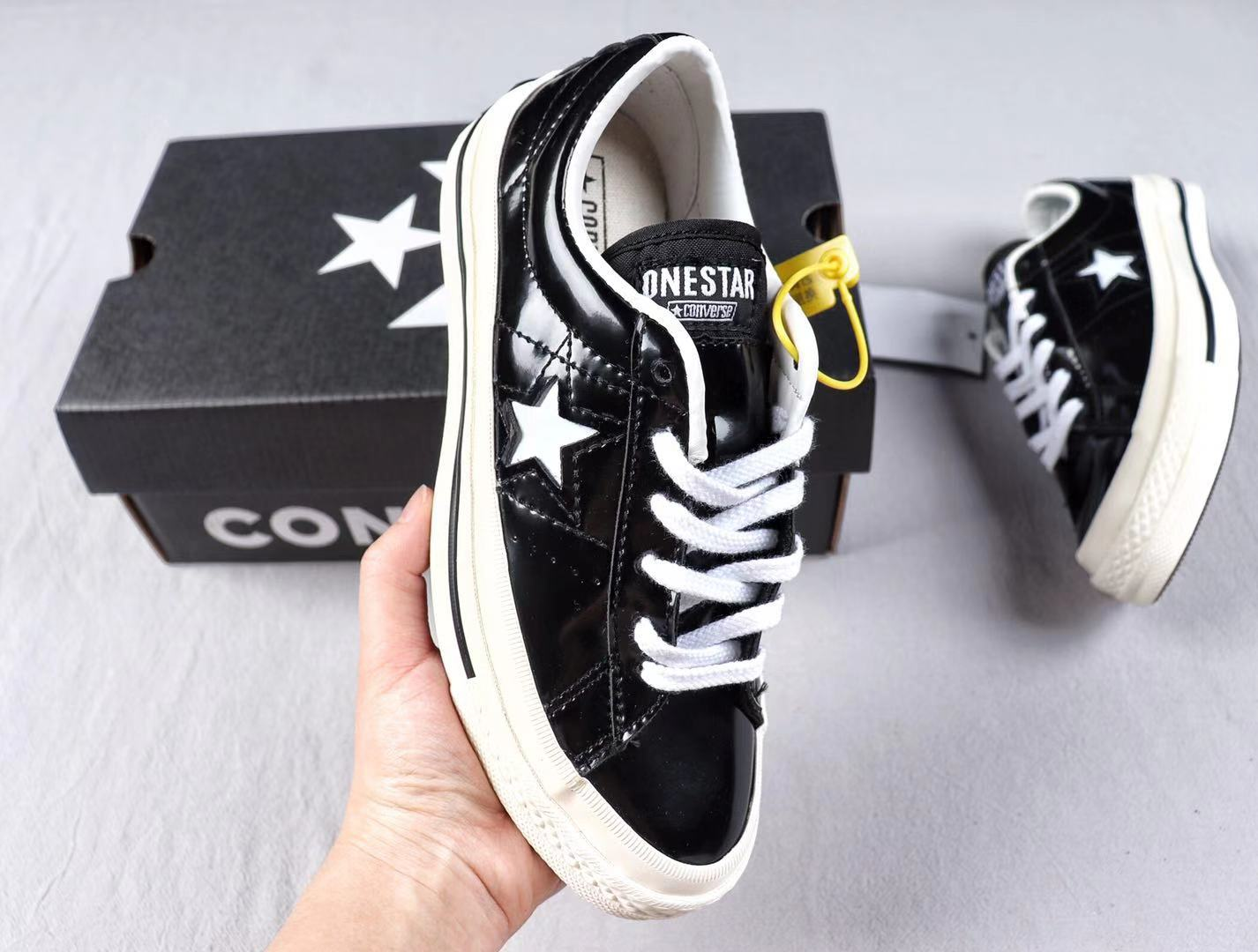 Converse One Star Black/White Skate Boarding Shoes Super Deals