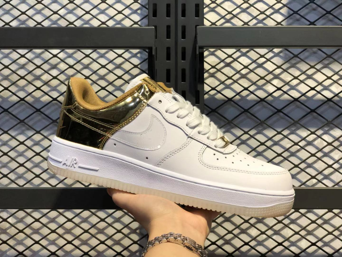 Best Sell Nike Air Force 1 Low CU2991-197 White/Metal Gold-Light Gold-Clear