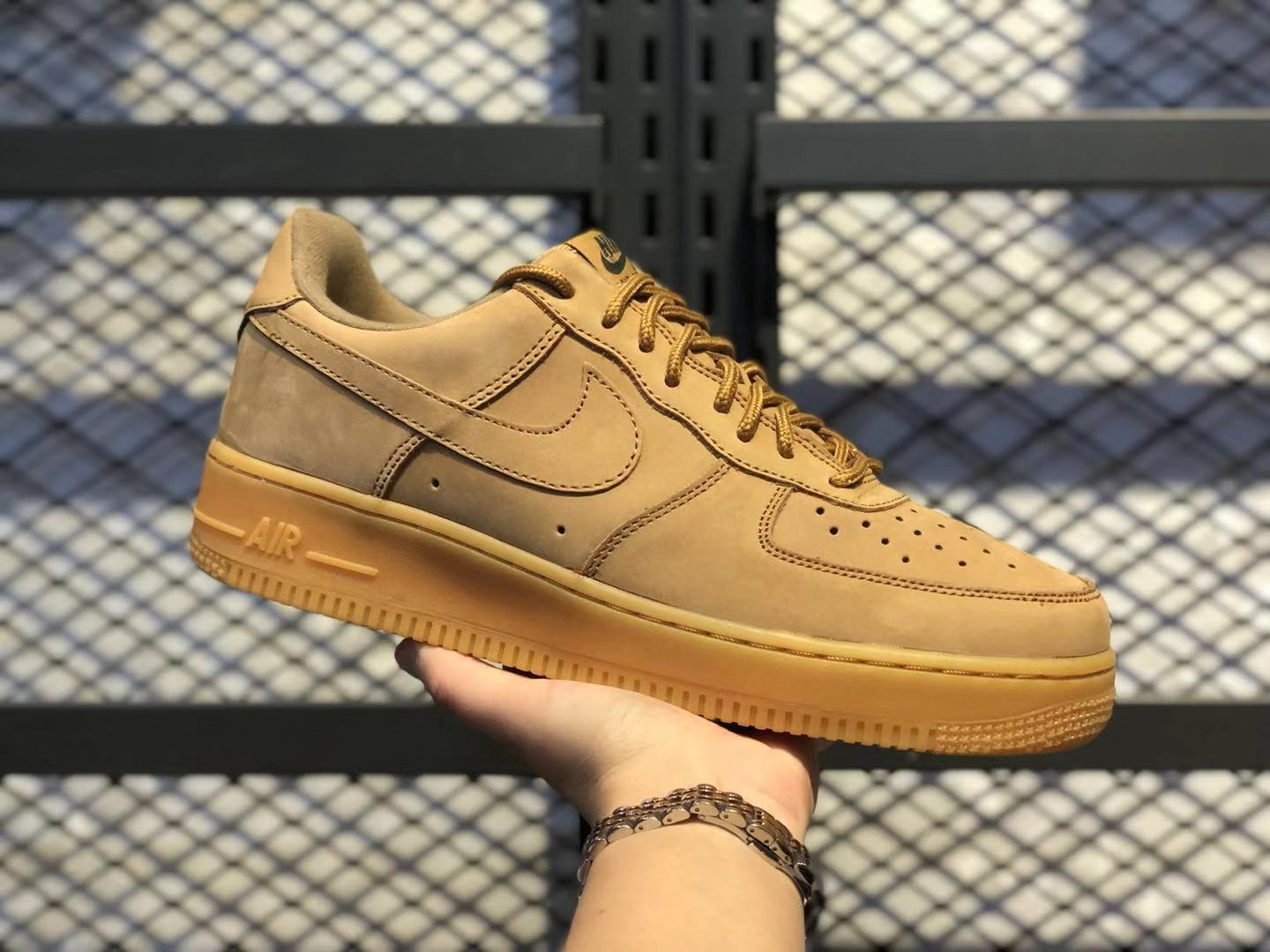Nike Air Force 1 Low Flax Gum/Light Brown-Outdoor Green Sneakers To Buy