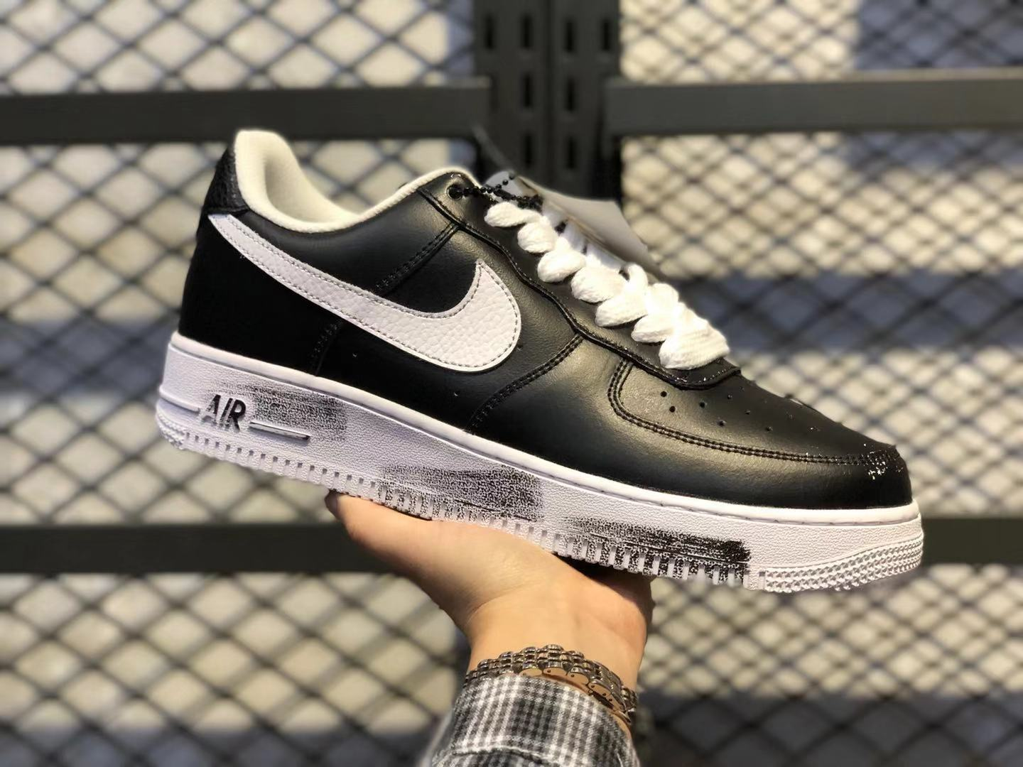 "PEACEMINUSONE x Nike Air Force 1 Low ""Para-noise"" AQ3692-001 Black/White For Sale"