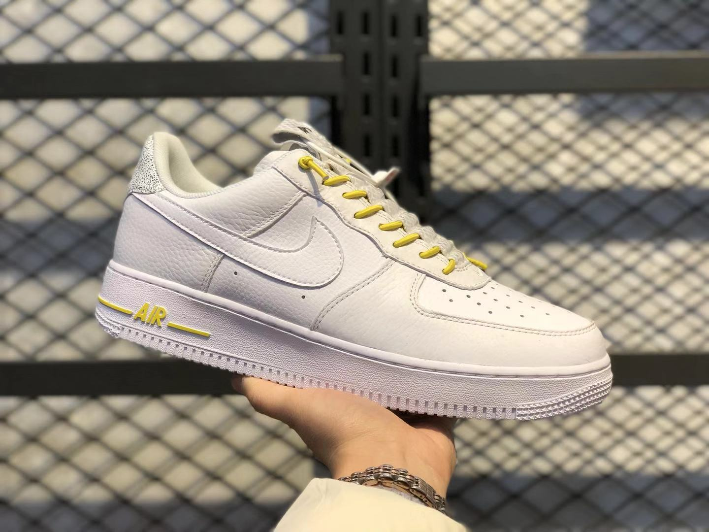 Nike Wmns Air Force 1 Low White/Chrome Yellow Classic Shoes In Stock 898889-104