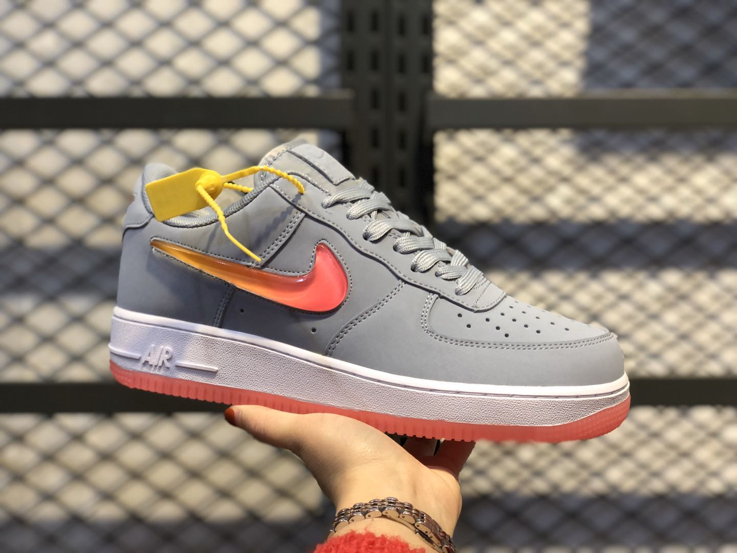 Nike Air Force 1 Jewel Obsidian Mist/Hot Punch-University Red AT4143-400