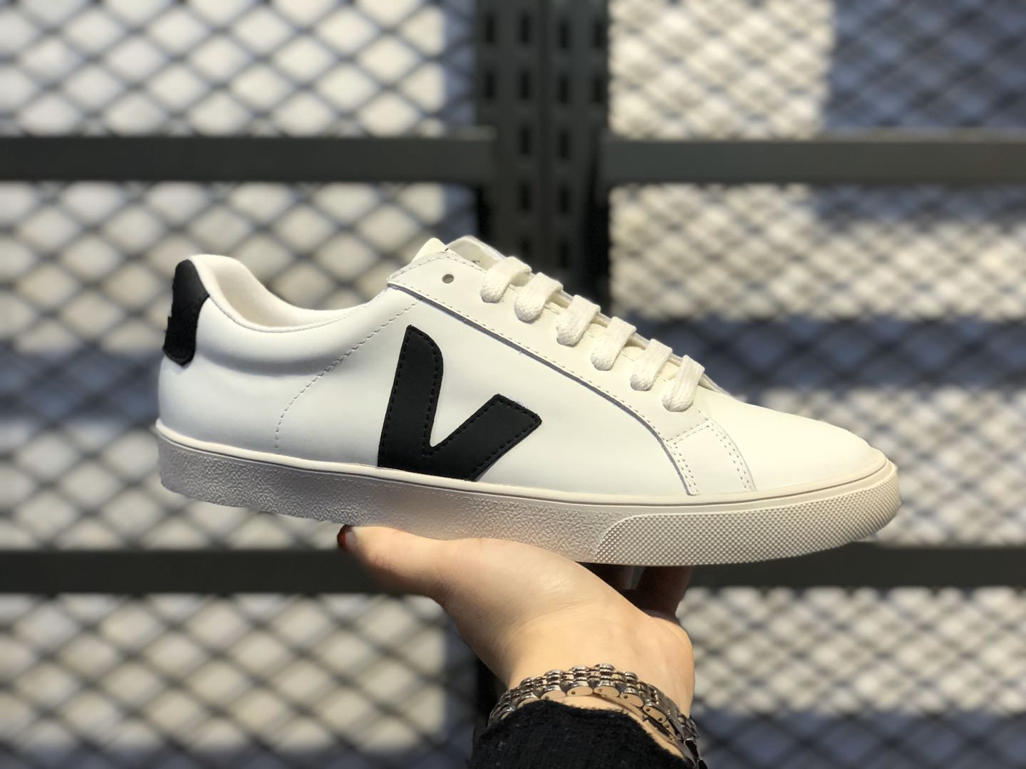 2020 Newest Veja Leather Extra Sneakers White/Black Hot Sale