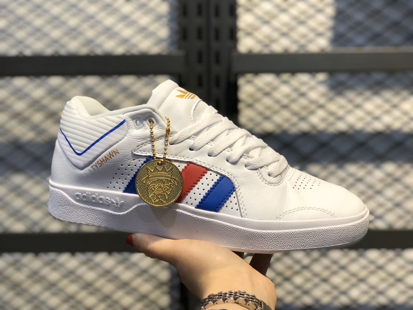 Adidas Tyshawn Low Cloud White/Blue-Red Sneakers Online Buy EG6085
