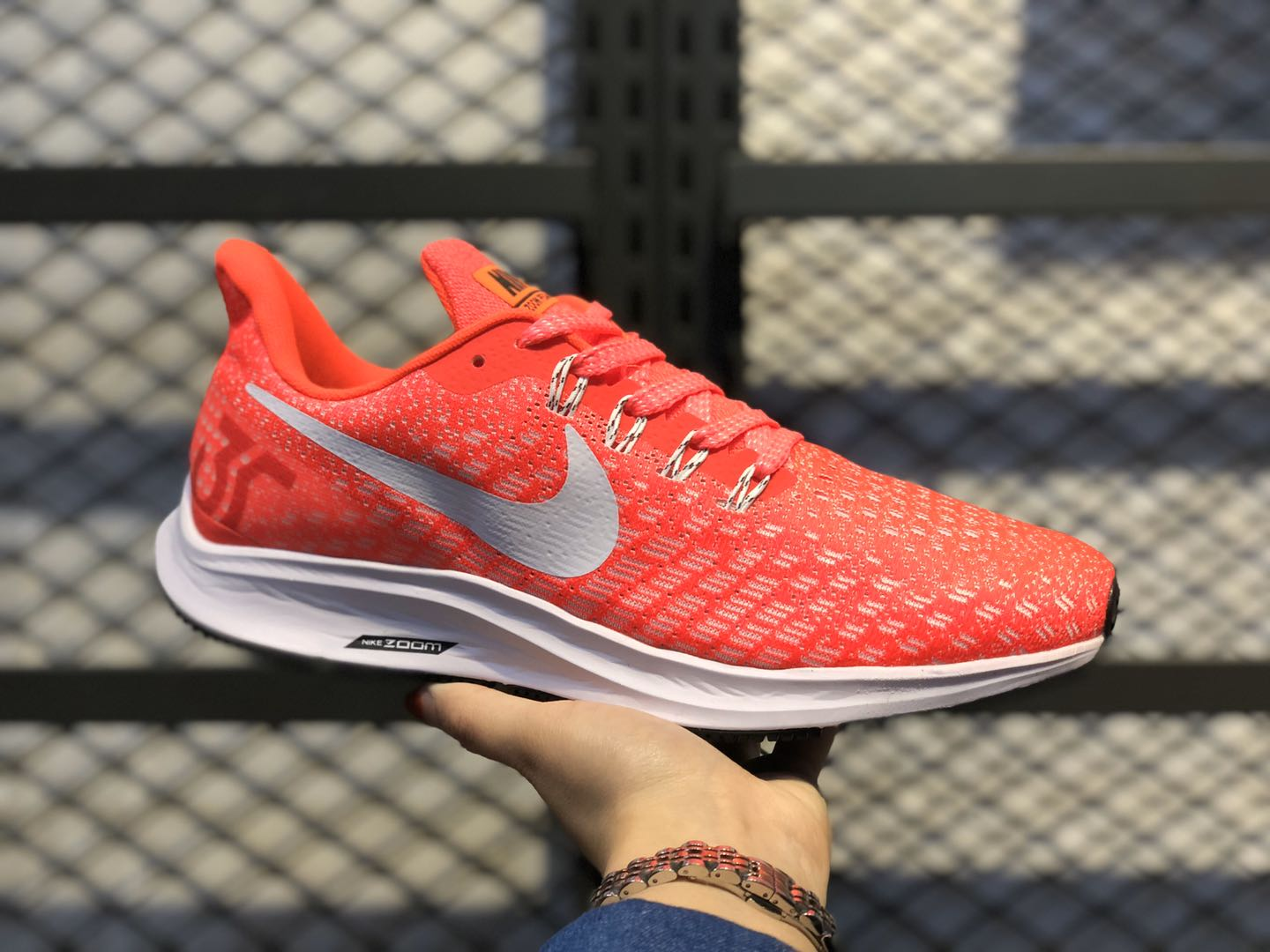 Nike WMNS Air Zoom Pegasus 35 Red/Silver Running Shoes To Buy 942851-600