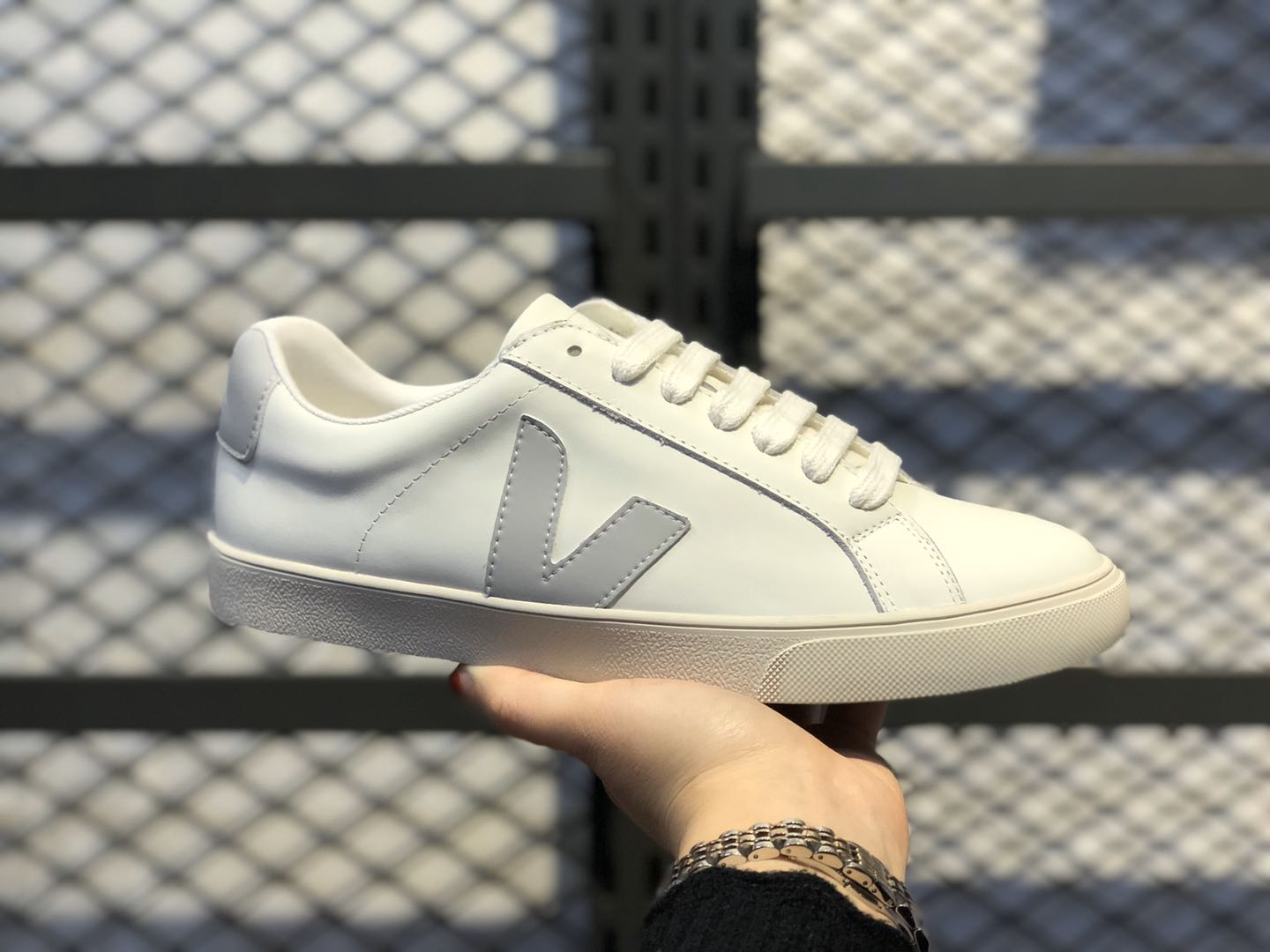Veja Leather Extra Sneakers White/Light Bone Free Shipping