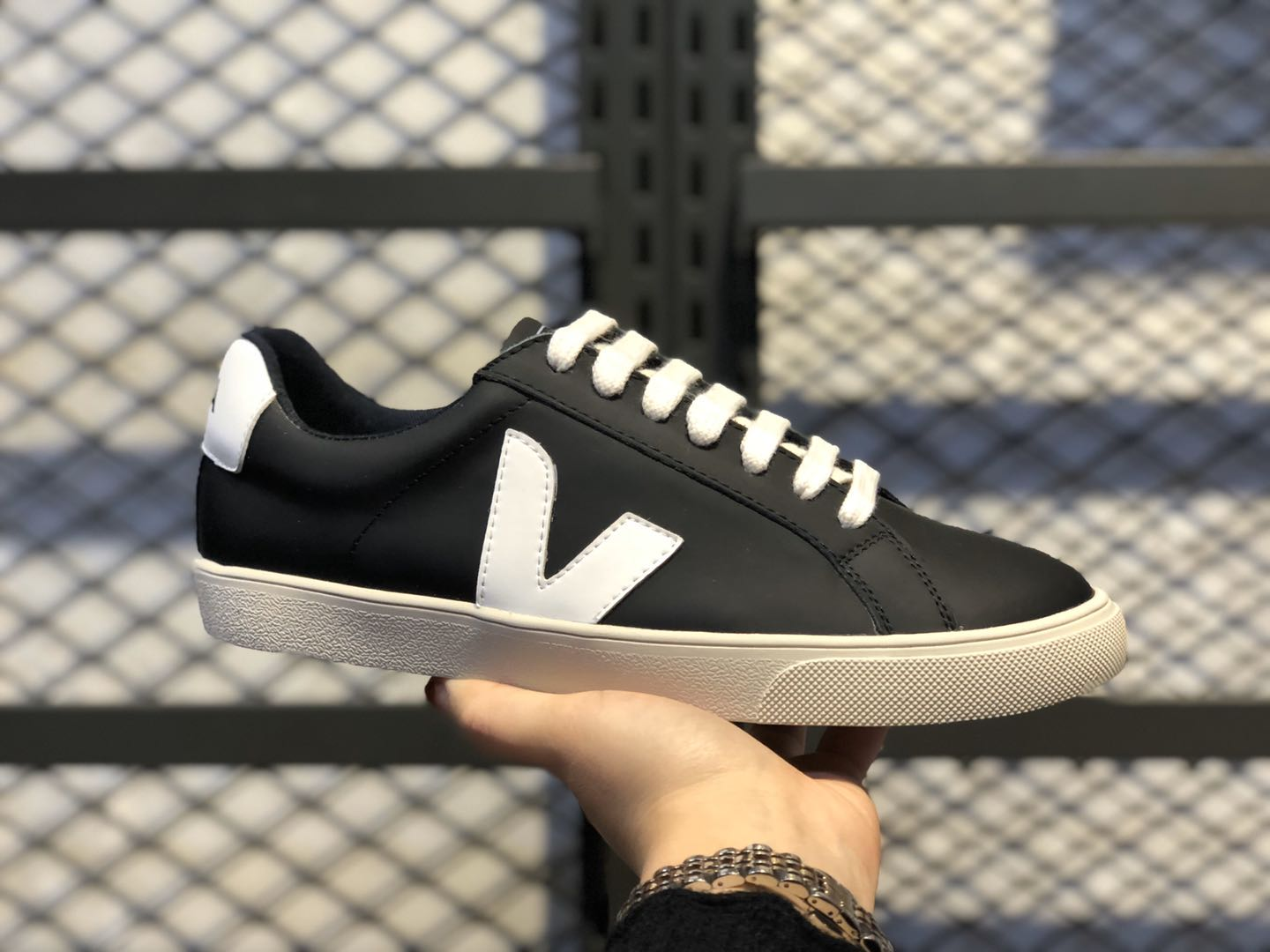 Veja Leather Extra Top Quality Sneakers Black/White Online Buy
