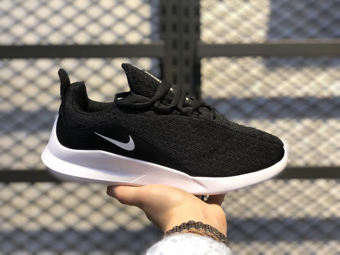 Nike Wmns Viale Black/White Running Shoes For Sale AA2181-002