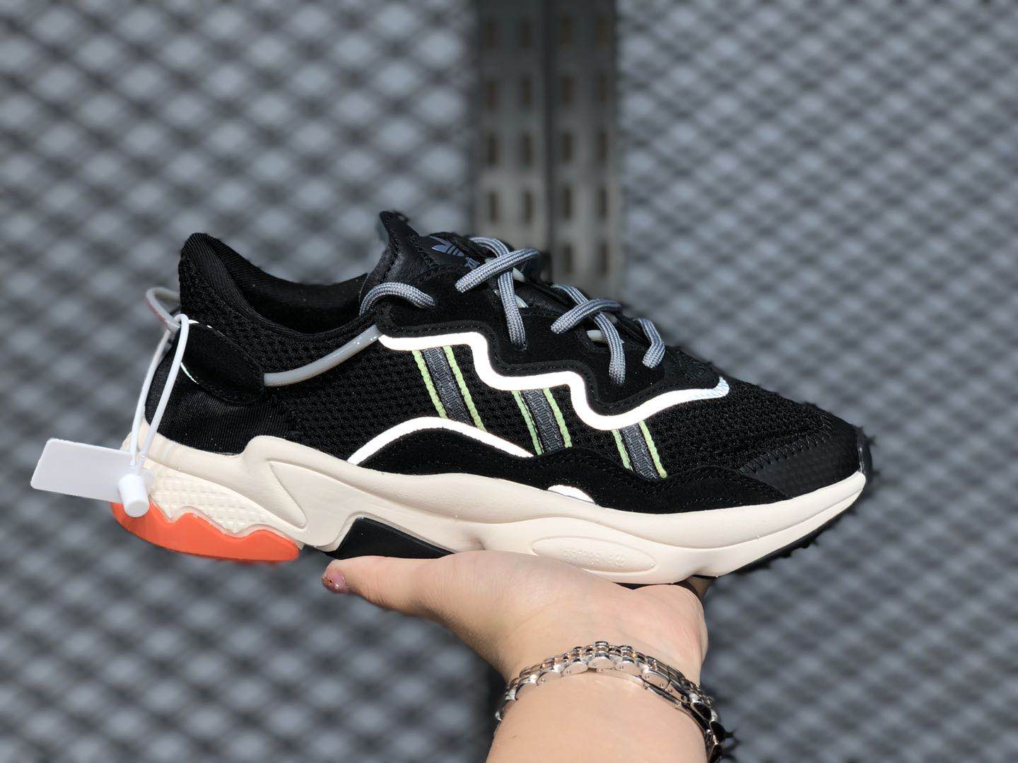 Adidas Ozweego Core Black/Solar Green-Grey-White EE5088 For Sale