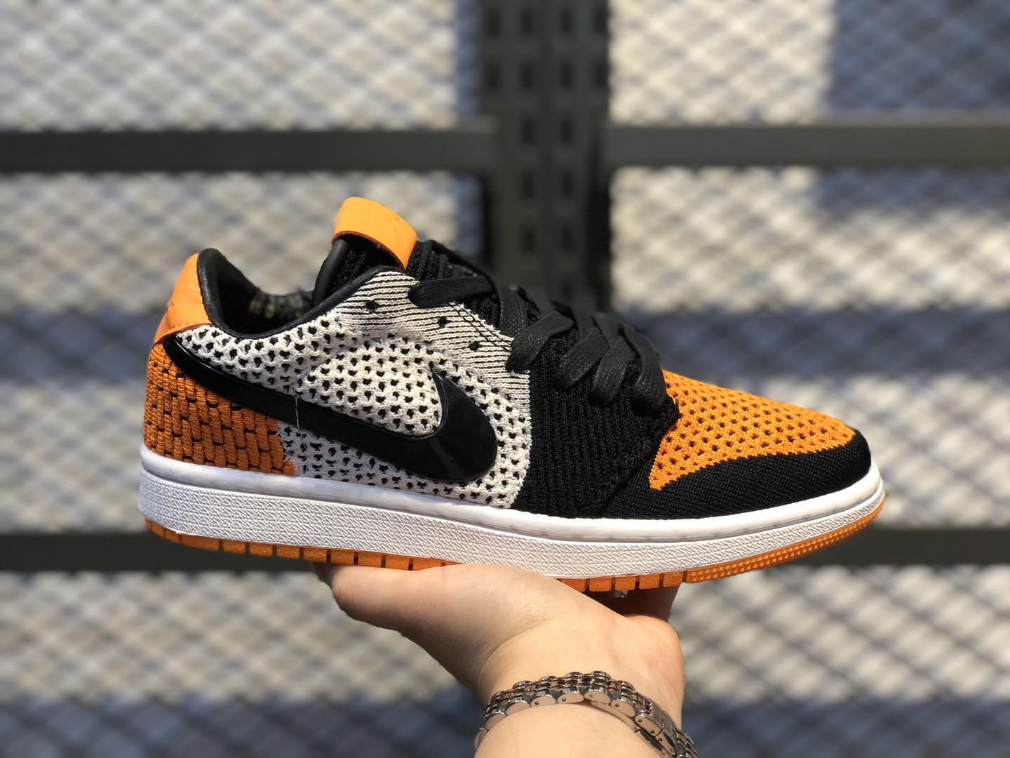 Air Jordan 1 Retro low Flyknit Shattered Backboard AH4506-100