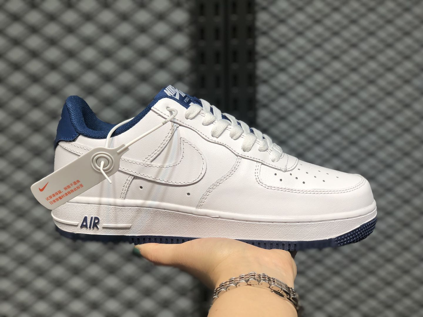 Discount Nike Air Force 1'07 Low Cloud White/Navy Blue CD0884-102