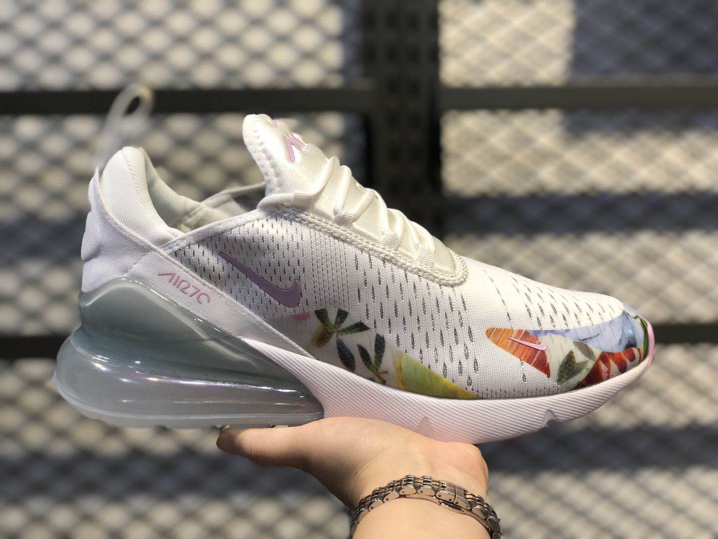 Nike Air Max 270 Summit White/Light Arctic Pink AT6819-100