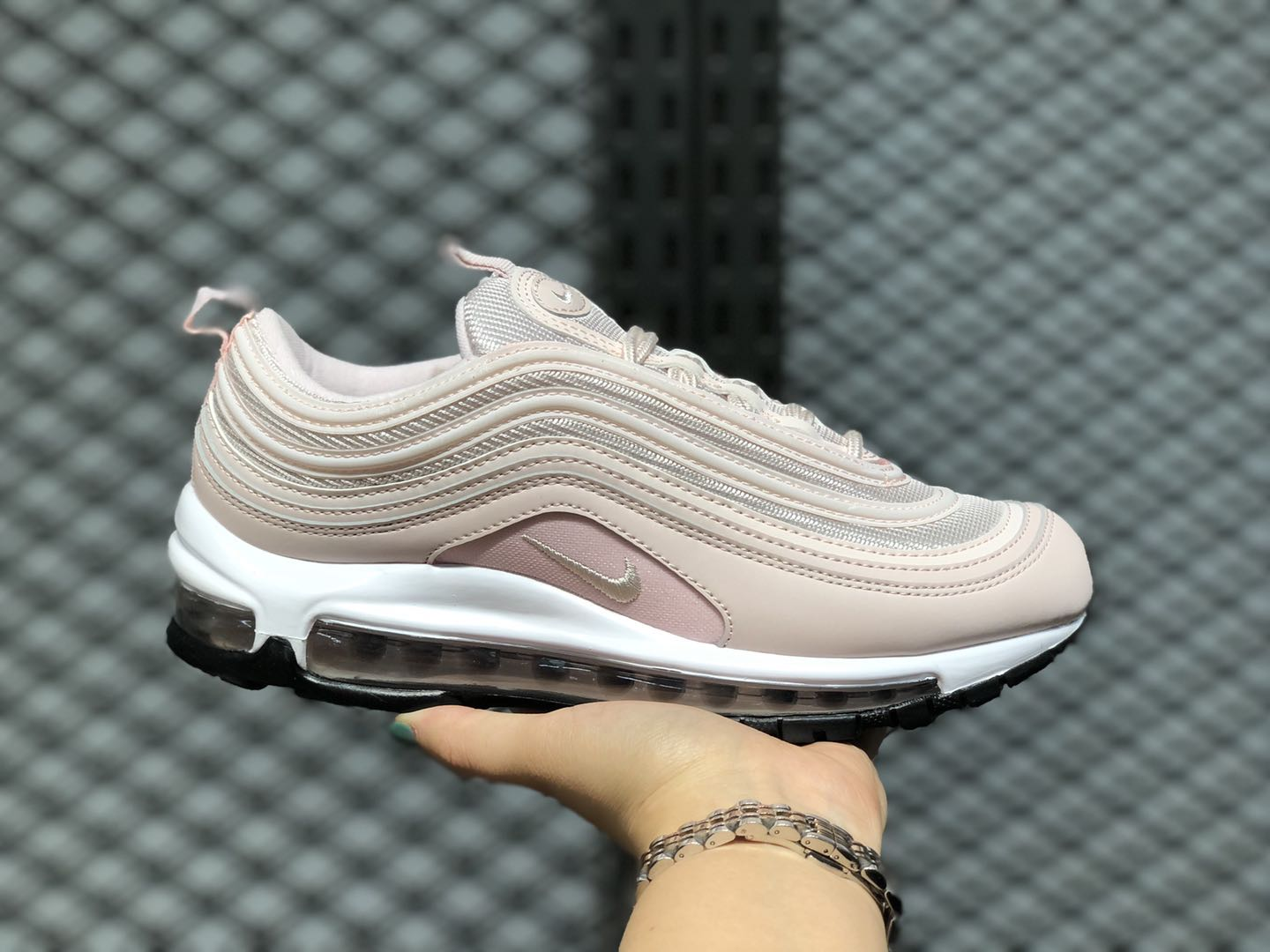 Nike Wmns Air Max 97 Barely Rose/White-Black 921733-600