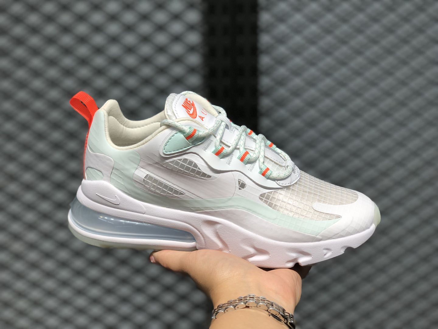 Nike Wmns Air Max 270 React White/Hyper Crimson-Teal Tint CJ0620-100
